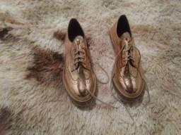 Sapato dourado feminino tam. 39