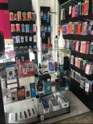 Loja de celular desmontada