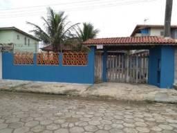 Casa em Itanhaém ficando 200 metros do mar, estuda carro! - 7219 LC