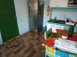 Vende se uma casa na lomba do Pinheiro