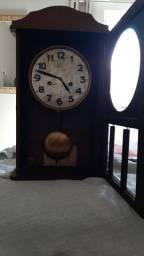 Relógio Junghans de parede original