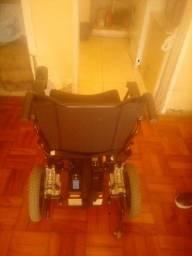 Cadeira de roda motorizada eletrica