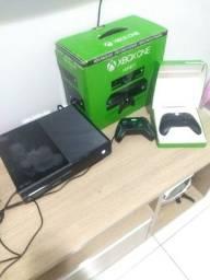 Título do anúncio: Xbox one 500 gigas 4 controles e 12 jogos, mais detalhes na descrição caruaru e região