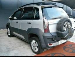 """Fiat idea adventure carro """"top"""" - 2011"""