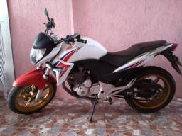 Moto Honda CB 300R ABS - 2015