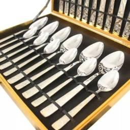 Kit Faqueiro Inox 24 Pç C/ Detalhe Dourado R$149,00