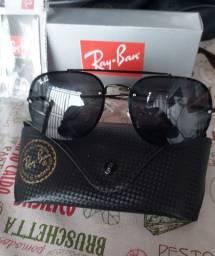 Óculos de sol proteção uv 400.