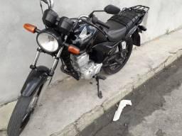 Vendo minha moto fan