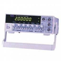 Gerador de Funções Digital 2MHz modelo FG-8102