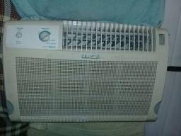 Vendo esse ar condicionado