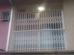 Porta Pantográfica