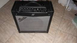 Fender mustang || 40watts. Não acompanha footswitch