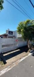 Casa com 2 dormitórios para alugar, 80 m² por R$ 1.550,00/mês - Centro - Jaguariúna/SP