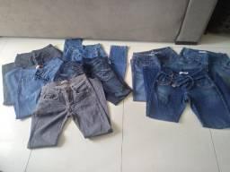 Lote de 5 calças jeans tamanho 42 e 3 calças 44 . E uma legging 40. Preferência todo lote
