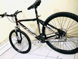 Vendo bicicleta freio a disco e suspensão