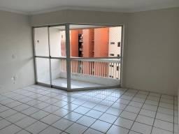 Alugo excelente apartamento 2/4 na Ponta Verde