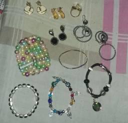 5 pulseiras 4 brincos 1 anel tudo novo