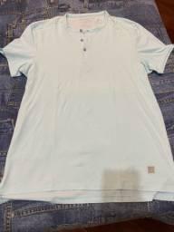 Camiseta Calvin Klein tamanho M slim fit original