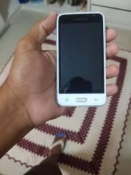 Samsung Galaxy j1.6 top