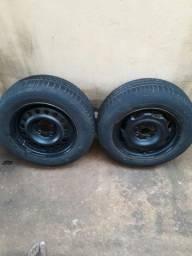 Pneus pirelli 175/70-80T.R14