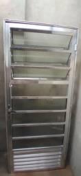 Porta de Aluminio semi nova