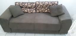 Sofá conservado. 300