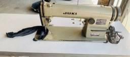 Título do anúncio: Máquina De Costura Reta J U K I usada com motor importado