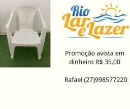 Cadeira plastico pé de silicone