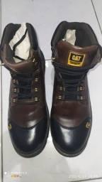 Título do anúncio: Bota direto da fábrica para o seus pés, temos vários tamanhos disponíveis do 38 até o 45