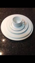 Aparelho de jantar de porcelana -Brinox