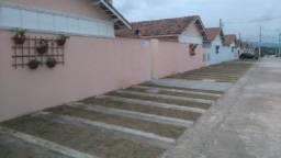 Casa em condomínio, playground, piscina, churrasqueira, port 24h