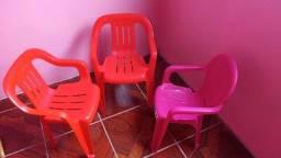 Kit 3 cadeiras infantis de plástico infantil