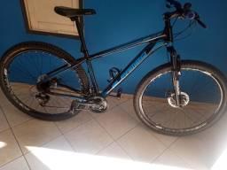 Bicicleta aro 29 quadro 17, com apenas um mês de comprada, documento e nota fiscal