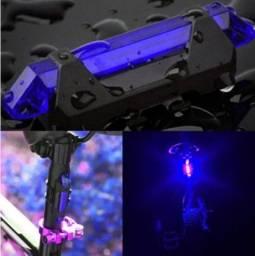 Lanterna Traseira azul