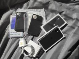 iPhone 11 128gb + carregador 20W + capas e película