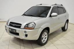 Título do anúncio: Hyundai Tucson automatico ,linda , aceito troca