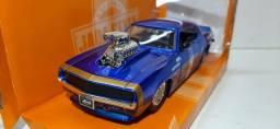 Miniatura Chevy Camaro 69 c/ blower 1/24