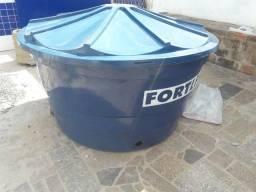 Vendo caixa d'água 1000 litros