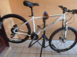 Bike cannondale , aro 26