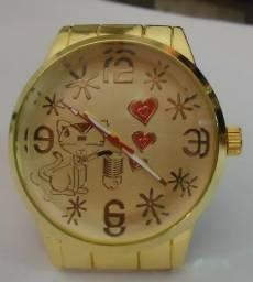 d789895a825 Relógio Série Ouro   Prata Com Gatinha Preto   Branco Pulseira Série Ouro    Prata