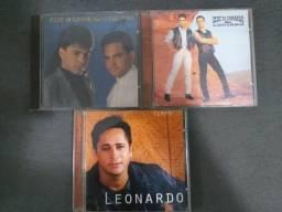CDs do Zezé Di Camargo e Luciano e do Leonardo