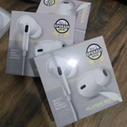 Fone de ouvido com fio Stereo BASS, Tripé de Mesa para celular R$30,00