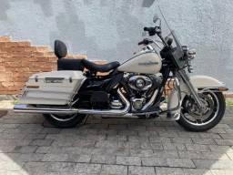 Usado, Harley Davidson - Road King Police - 2013 - Excelente moto com 23.000 km comprar usado  Rio de Janeiro