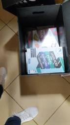 Caixa de livros para concursos