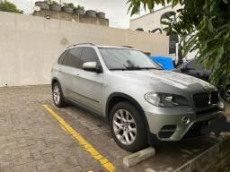 Vendo BMW X5 X drive 3.0 turbo
