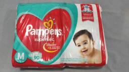 Fraldas Pampers supersec pacote com 90 tamanho M