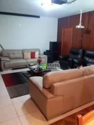 Apartamento com 4 dormitórios à venda, 165 m² por R$ 850.000 - Centro - Poços de Caldas/MG