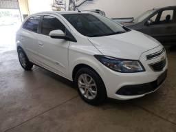GM / Chevrolet Onix 1.4 MT / LT Ano 2013/ 2013 Flex