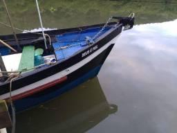 Barco de pesca de camarão