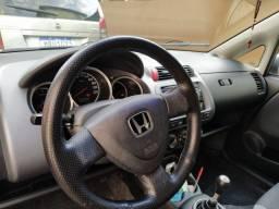 Honda Fit 1.4 LX 2005/06 com 107 mil km